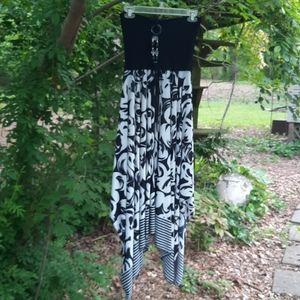 Shoreline black/white Tube dress flare skirt